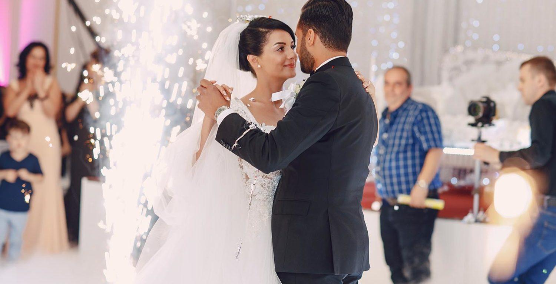TOP 20 najlepszych utworów na pierwszy taniec na weselu