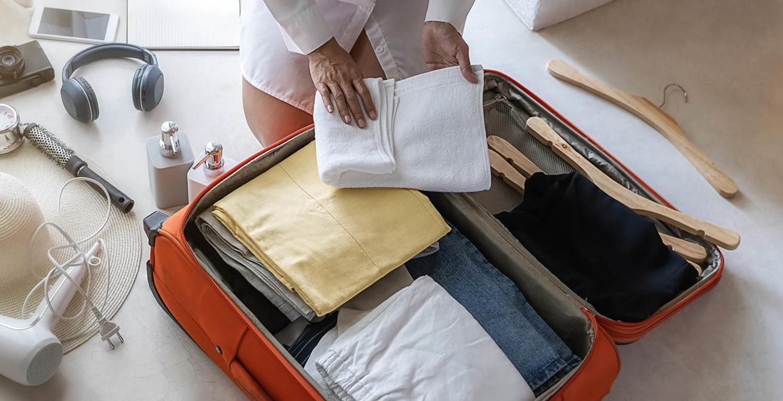 Co zabrać na wakacje? Sprawdź naszą praktyczną listę rzeczy do zabrania!