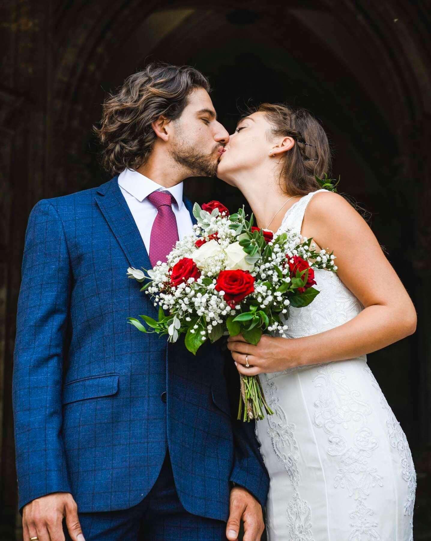 jak przebiega ślub kościelny - Jak przebiega ślub kościelny - poradnik krok po kroku
